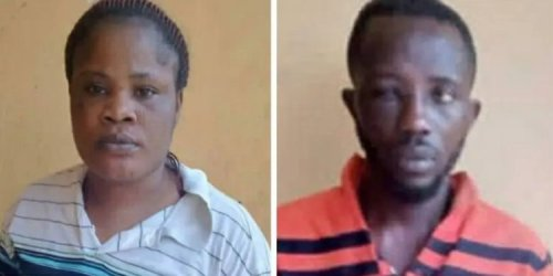 Man N Woman Arrested For Eating Police Officers Flesh Burnt During #EndSars Protest In Ibadan - Watch