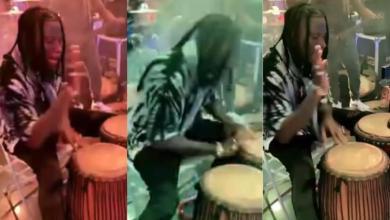 Photo of Stonebwoy Teaches Drummer How To Drum – Video Will Warm Ur Heart