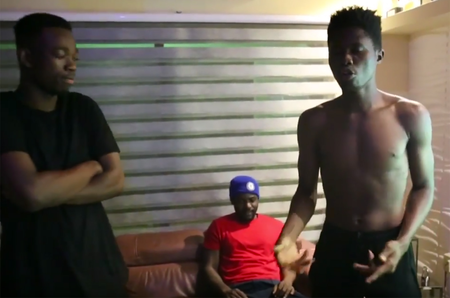 Kwesi Arthur X R2Bees (Omar Sterling) freestyle