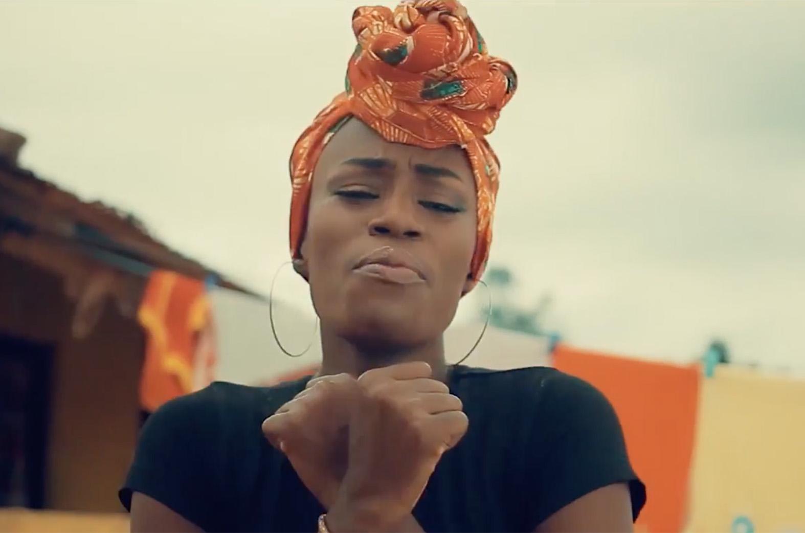 N'ayeyie Rensa Da by Afia Asantewaa