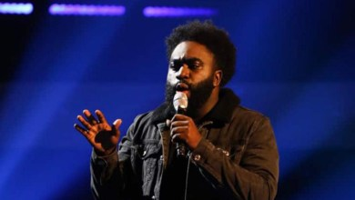 Photo of Emmanuel Smith stuns audience at The Voice UK