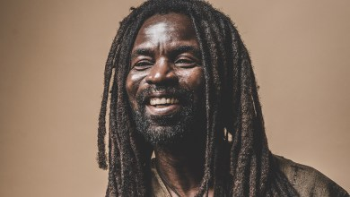"Photo of Rocky Dawuni holds ""Beats Of Zion"" Concert on March 23"