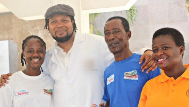 Photo of Knii Lante doctors Pat Thomas, AB Crentsil, others at MUSIGA health screening