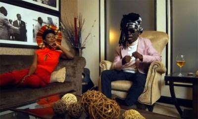 Akyekyedeɛ Nanteɛ by Kojo Antwi feat. Stonebwoy
