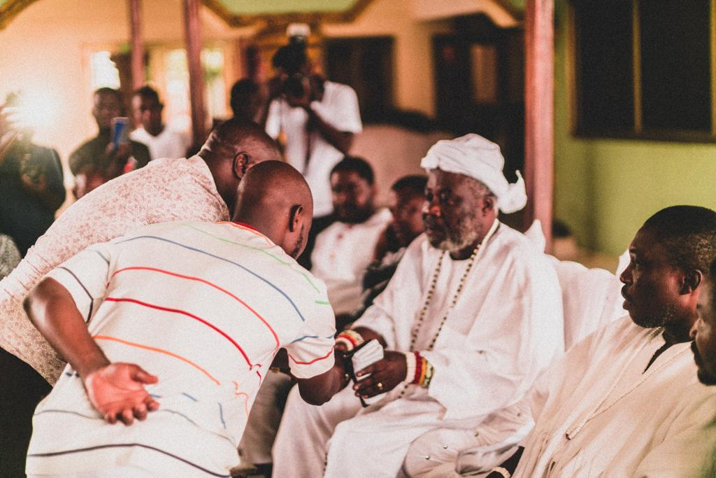 Photos: King Promise pays courtesy call to Nungua Chief