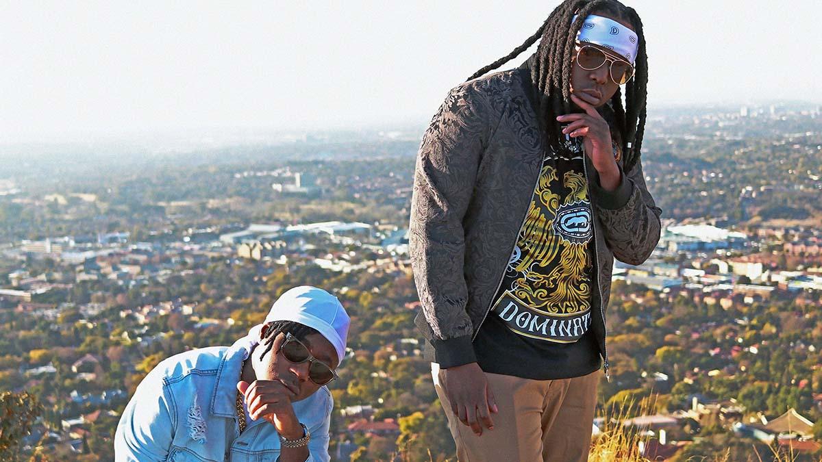 T' Em and T Sleek unite on new dance song 'Ses 'La'