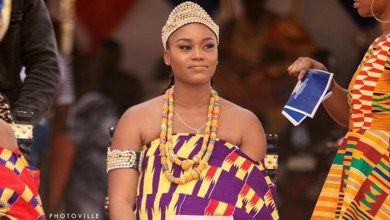 Photo of eShun crowned Queen Mother in Gomoa Afransi