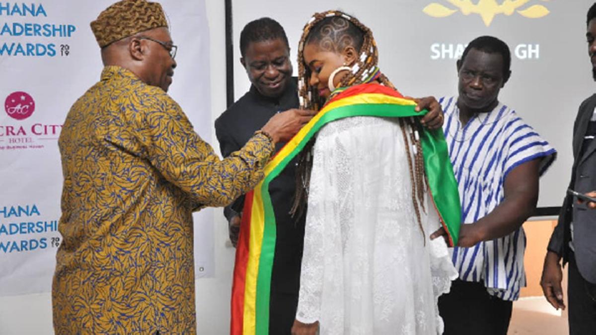 Shatana grabs 3 predtigious awards at Ghana Leadership Awards