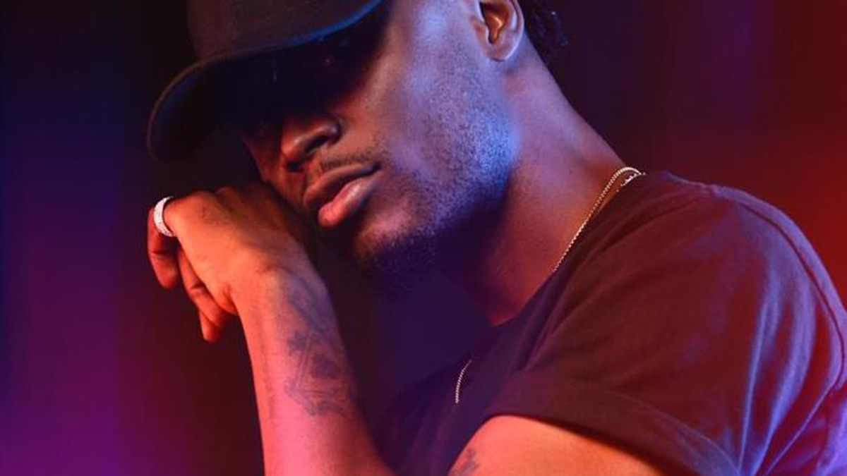 E.L enrolls Falz, Kev the Topic, Nana Grenade, others on; Leaks 2 playlist