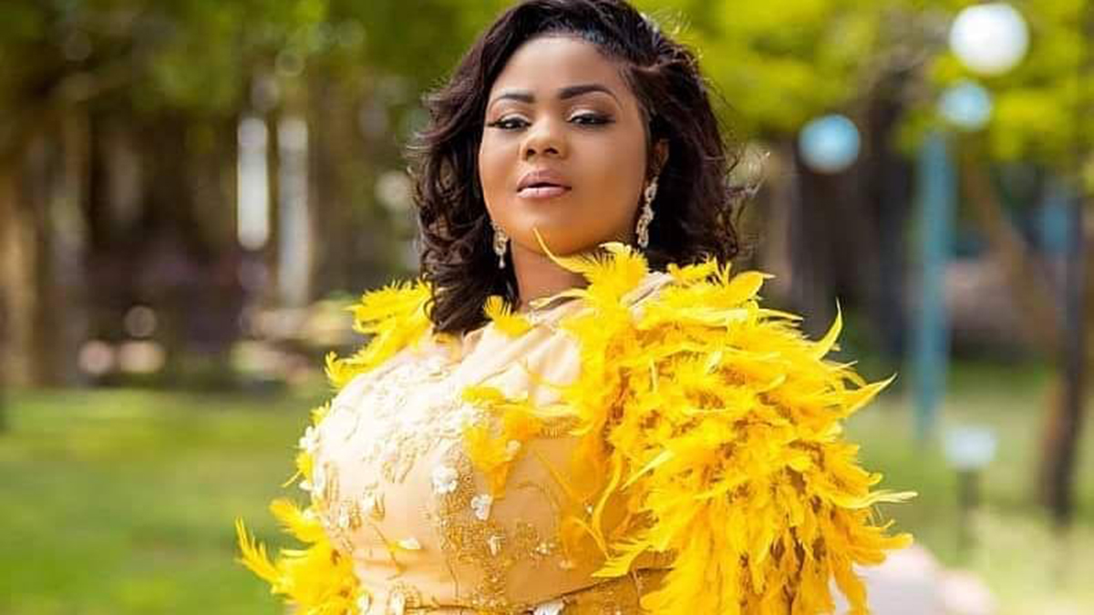 Empress Gifty bags first brand Influencer deal for the year!