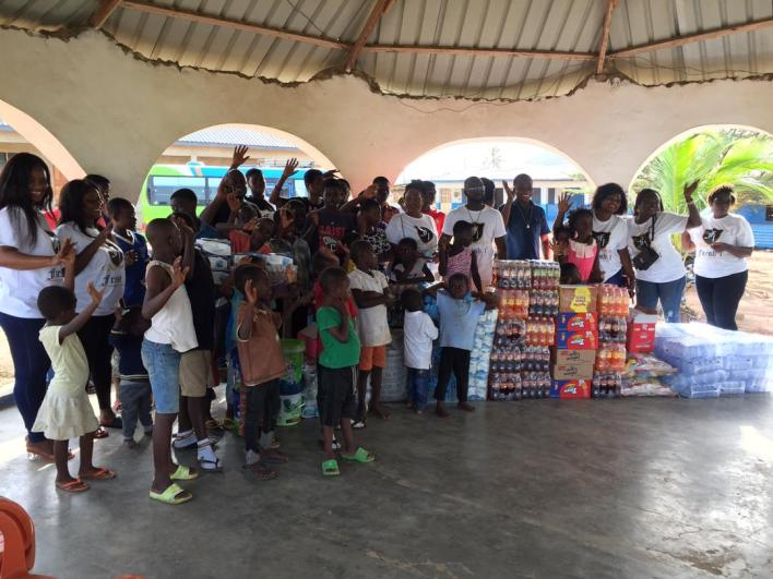 Fresh 1 donates to Eyes Of The Lords orphanage