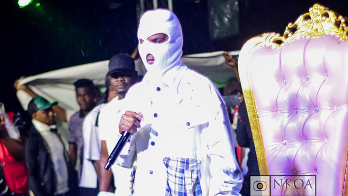 """Over 11k fans pull up at Maccasio's """"The Throne Concert"""", Medikal shocks fans"""