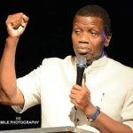"""Video: """"Marry next year and stop wasting time"""" – Pastor Adeboye prays for men who have refused to marry"""