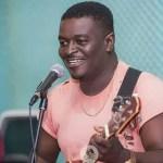 Kumi Guitar Kneels, Begs Bloggers To Push His Brand
