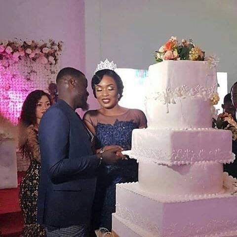 55A5B9DB B1BE 4C5D B742 C66F00243E05 - Former Arsenal star Emmanuel Eboue remarries again,settles for African woman this time around