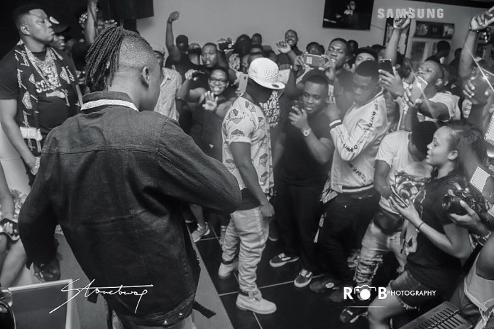 stoneg - Photos: Stonebwoy Entertains Patrons At The Grand Launch Of Holy Trinity Spa Club And Lounge