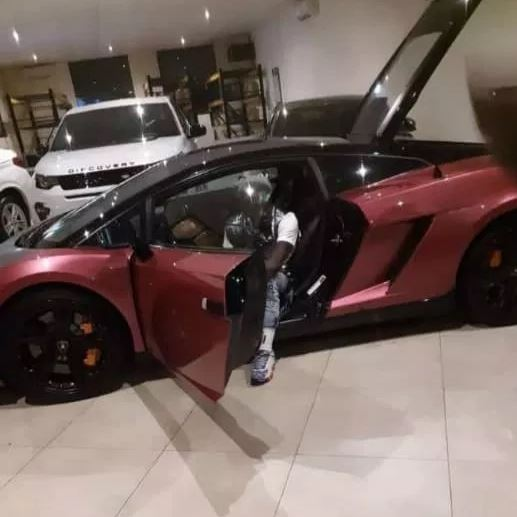 wale lamborghini - Shatta Wale adds to his fleet of cars a brand new Lamborghini valued over $250,000 (Video + Photo)