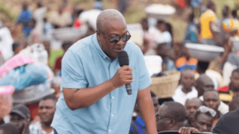 Mahama adopts votes buying strategy as he sprays cash at campaign rally in Berekum