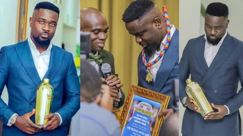 """I used to think I was a hard guy until I met Dr.UN who gave me an empty bottle as an award""-Sarkodie teases himself in new song "" Gimme Way"" ft Bright Buk Bak"