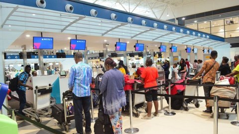 (+VIDEO) Ghanaian lady boldly claims sole ownership of Kotoka International Airport, says it has not yet opened for business