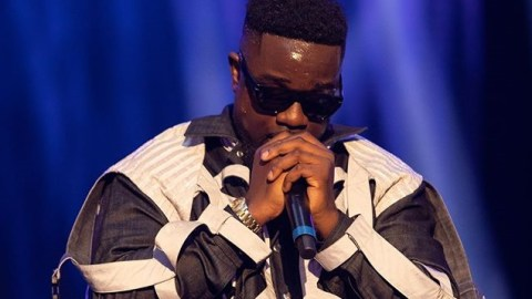 "See Full LIST: Sarkodie Wins 5 Awards at ""Something Wicked Awards"""