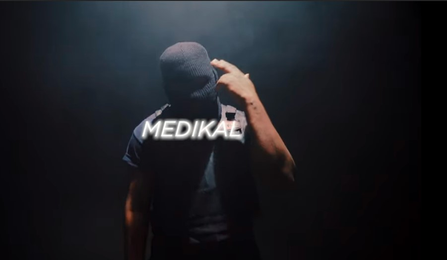 """""""It was total noise pollution""""– Fans trash new Hip-hop track """"Nyame"""" released by Medikal"""