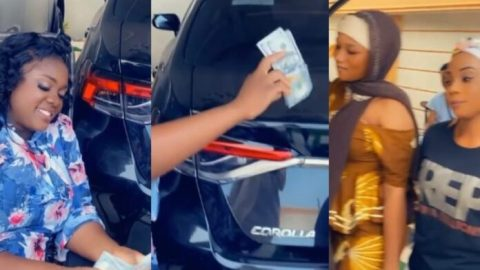 Tracey brags differently: Moment Tracey Boakye surprises three ladies with $2,500 for praising her- Video