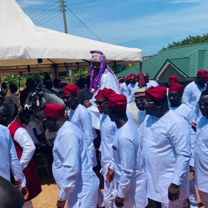 Dr Pounds of Hitz FM marries in plush wedding; first photos/videos drop