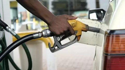 #FixTheCountry: Government succumbs to pressure, reduces fuel price by 8 pesewas