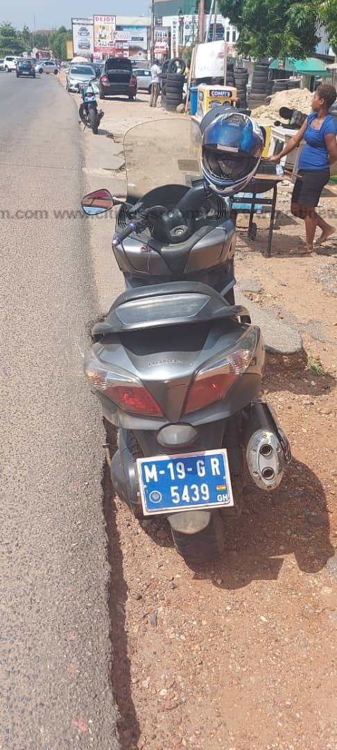Accra: Motorcyclist shot by soldier in military pick-up vehicle at East Legon (Photos). 58