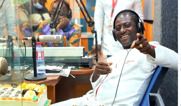 Some Five Popular Pastors Have Buried Dogs, Cows And Other Juju Stuff In Their Churches - Captain Smart