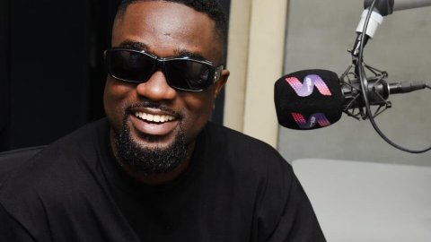 I'm The Most Insulted Artiste in Ghana, You Can Even Take Shatta Wale Out – Sarkodie