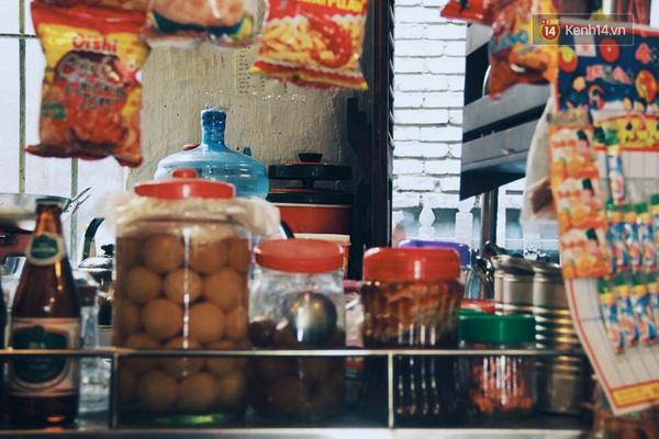 Hãy đến những nơi này để tìm lại cảm giác ngày xưa giữa Sài Gòn náo nhiệt - Ảnh 2.