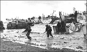 Troops coming ashore at Gold Beach on D-Day