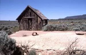 Wolf Hole, Arizona
