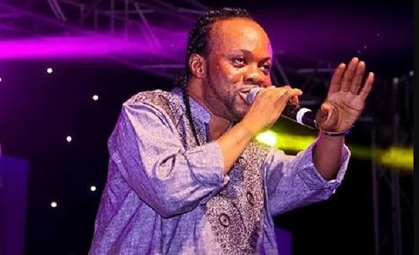 Daddy Lumba 1 - Daddy Lumba is the greatest Highlife musician in history but his poor stage performance needs to change-Fans declare