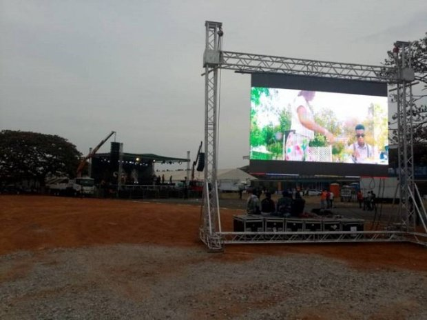 See all photos from Ebony's Tribute Concert Preparation