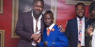 Patapaa shares a picture moment with Dancehall act Samini