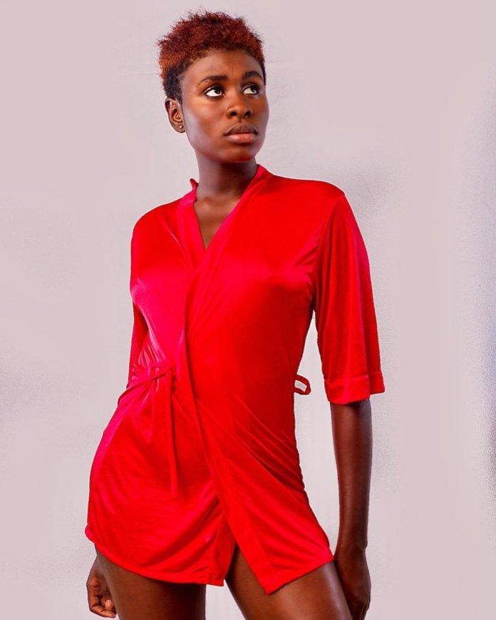 Yaa Konadu Jackson - Social media users praise Yaa Jackson for dressing decently