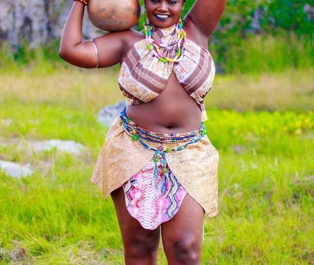 Big Boob Kumawood Starsafina Celebrates Birthday With Stunning Photos