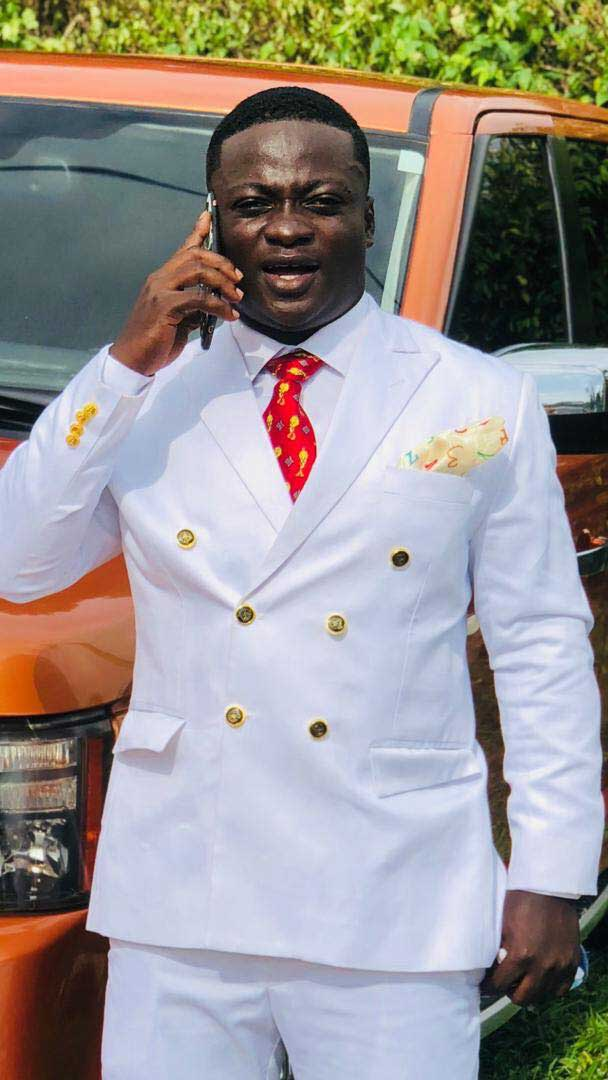 Asibuo Kofi Nti 2 - Meet Asibuo Kofi Nti, the CEO of BirdEmpire, Signature Pub and Lounge located at Bechem