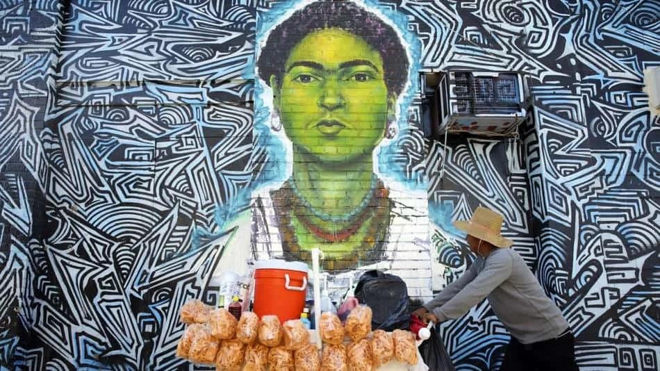 L.A. City Council Votes Unanimously to Decriminalize Street Vending
