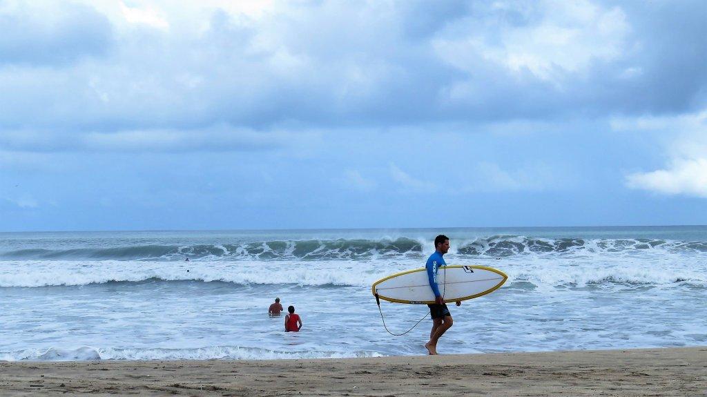 lezione di surf a kuta