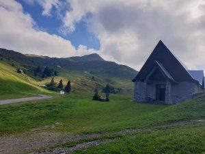 chiesa piani di artavaggio