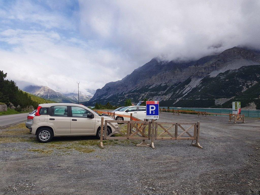 Parcheggio laghi di cancano