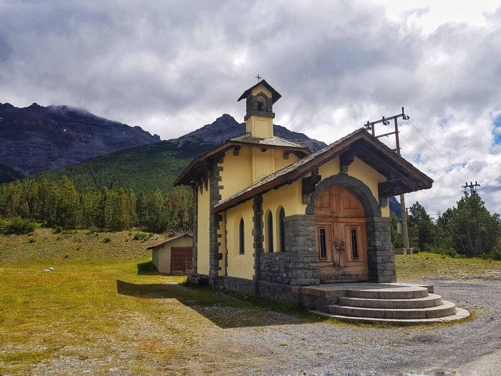 chiesa lago di cancano