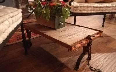 Tavolino industriale da salotto