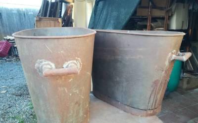 Vasche da olio in lamiera stagnata anni 20
