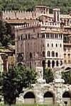 Gubbio - Palazzo dei Consoli e Teatro Romano