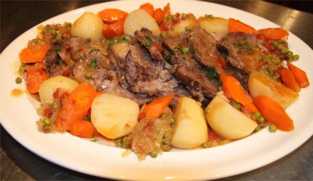 Pot-Roast-with-Vegetables-8x6.JPG